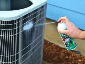 Cleaning-and-Maintenance-of-Air-Conditioner-by-Atlas-Aircon