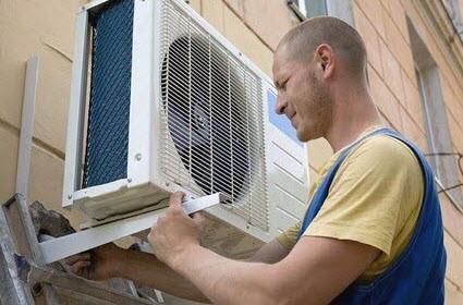 Installation-Process-of-Split-Air-conditioner-by-Atlas-Aircon-AC-Repair-Serivce-Vadodara